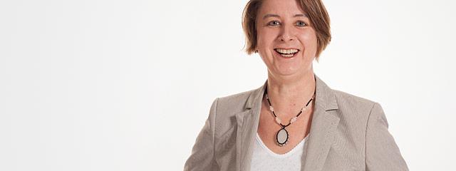 Dr. Yvonne Bauer